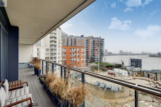 Images for Horizons Tower, Yabsley Street, London